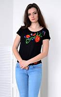 Легкая черная вышитая футболка