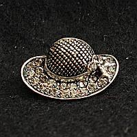[15/25 мм] Брошь металл под капельное серебро Шляпка Дамская стразы