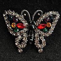 Темно-Серый Металл Бабочка С Камнями Темных Цветов И Яркими Камнями На Крыльях Брошь