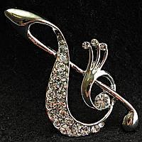 [27/50 мм] Брошь светлый металл скрипичный ключ со стразами