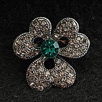 [25/25 мм] Брошь металл под капельное серебро Цветок со стразами и бирюзовым камнем по центру