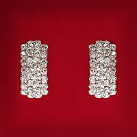 [25 мм] Серьги женские белые стразы светлый металл свадебные вечерние гвоздики (пуссеты) два слоя  слегка изогнутые средние