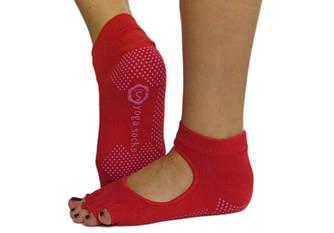 Красные носки для йоги