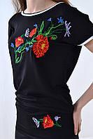 Ультра модная вышитая футболка черного цвета