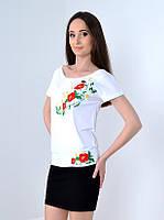 Нежная и деликатная вышитая футболка