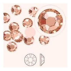 Камни SWAROVSKI №3 Light peach 100 шт