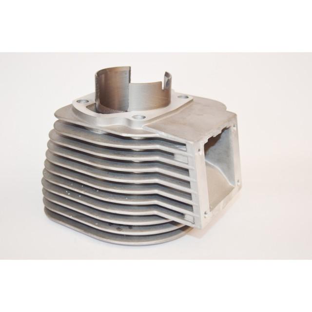 Двигатель и система питания мотороллера Муравей
