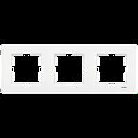 Рамка тройная 3-я горизонтальная Moderna