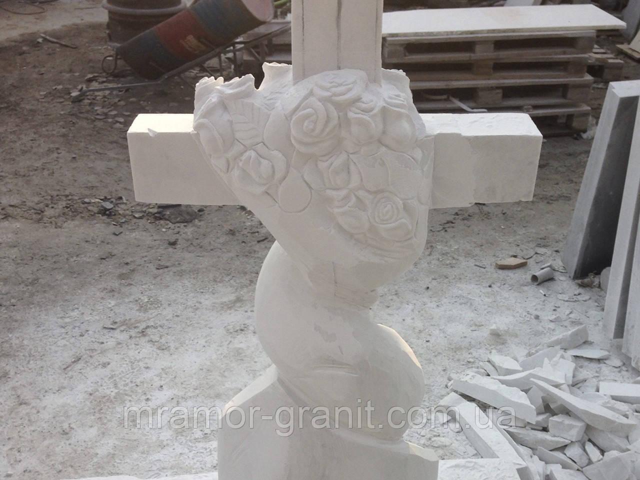 Крест из мрамора