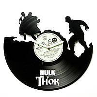 Часы виниловые HulkVSThor