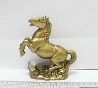 """Сувенир керамический фигурка """"Лошадь золотая с монетами"""""""