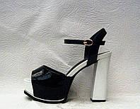 Босоножки стильные женские на высоком толстом каблуке лаковые