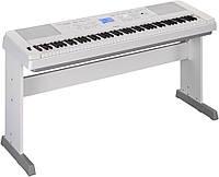 Цифровое пианино Yamaha DGX-660 WH