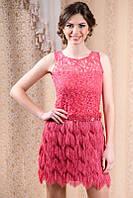 Коралловое гипюровое платье с бахромой