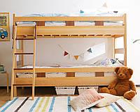 Кровать из массива дерева 028