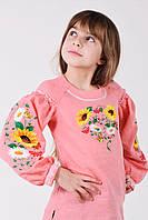 Оригинальная вышитая блуза гладью