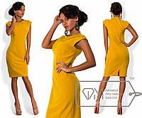 Платье-футляр из костюмного крепа