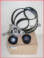 Комплект ремня генератора на Trafic II 2.5DCi 06- +AC  - 7701475193(оригинал)