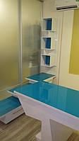 Набор офисной мебели: стол, шкаф,тумбы,тумба под цветы