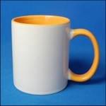 Кружка керамическая для сублимации цветная с цветной ручкой и внутри ( цвет желтый )