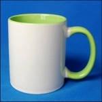 Кружка керамическая для сублимации цветная с цветной ручкой и внутри ( цвет светло-зеленый )