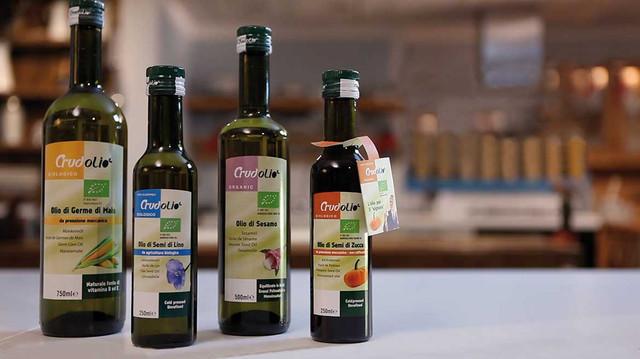 Натуральные масла холодного отжима для приема внутрь: льняное, тыквенное, кунжутное, конопляное купить в Украине по доступной цене.