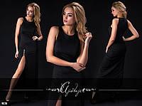 Черное длинное платье с разрезом