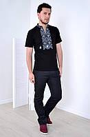 Черная футболка свободного кроя со светлой вышевкой