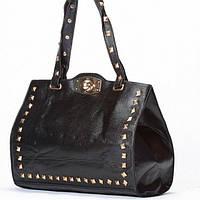 Женская сумка  черная с клепками