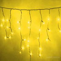 Светодиодная уличная гирлянда жёлтая бахрома 3*0.5м 120 led черный каучук (rubber))