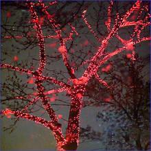 Светодиодная мигающая гирлянда нить красная 10м с пульсовыми диодами хол.белого цвета, черный каучук (Rubber)