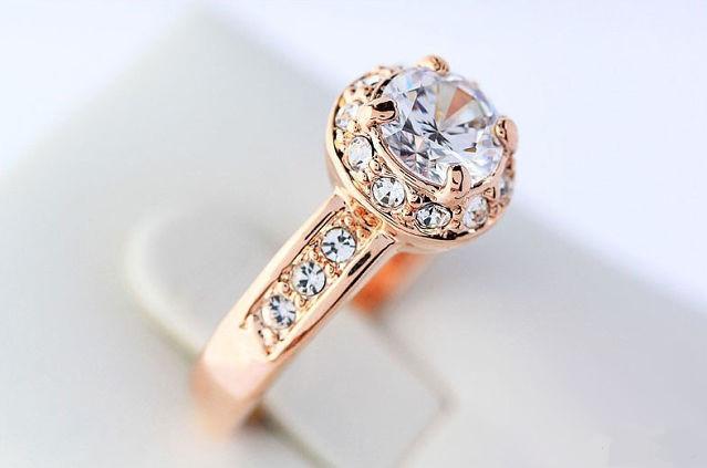 Кільце ювелірна біжутерія золото 18К кристали Swarovski
