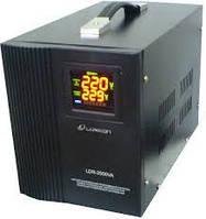 Стабилизатор напряжения релейный LUXEON LDR-2500, 2500VA, 1750ВТ, LCD, 6 ступеней, 105-270V, 220 ± 7%, 2 Shuko