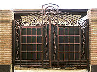 Кованые ворота закрытые