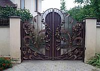 Кованые распашные ворота с поликарбонатом, код: 01036