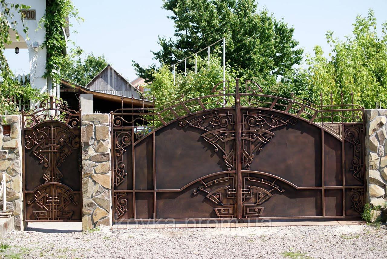 Кованые распашные ворота с калиткой, код: 01062