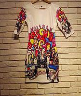 Женское платье  Moschino Граффити белое с разноцветным принтоп в стиле хип-хоп