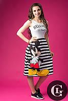 Женское платье до колен стильное на короткий рукав с ярким принтом в полоску Сказка