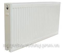 Радиатор стальной Grandini c бок. подключением тип 22 разм 500х500 (965 Вт)
