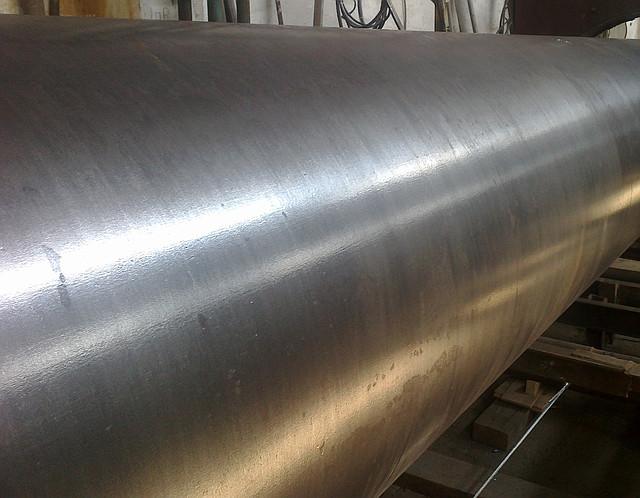 Подготовка поверхности (очистка) труб дм.720х12мм.