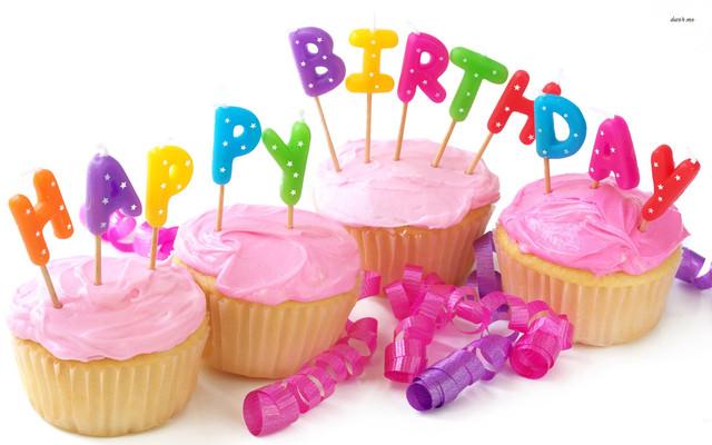 свечи буквы С днем рождения