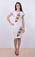 Женское вышитое платье из молочного трикотажа с вышевкой