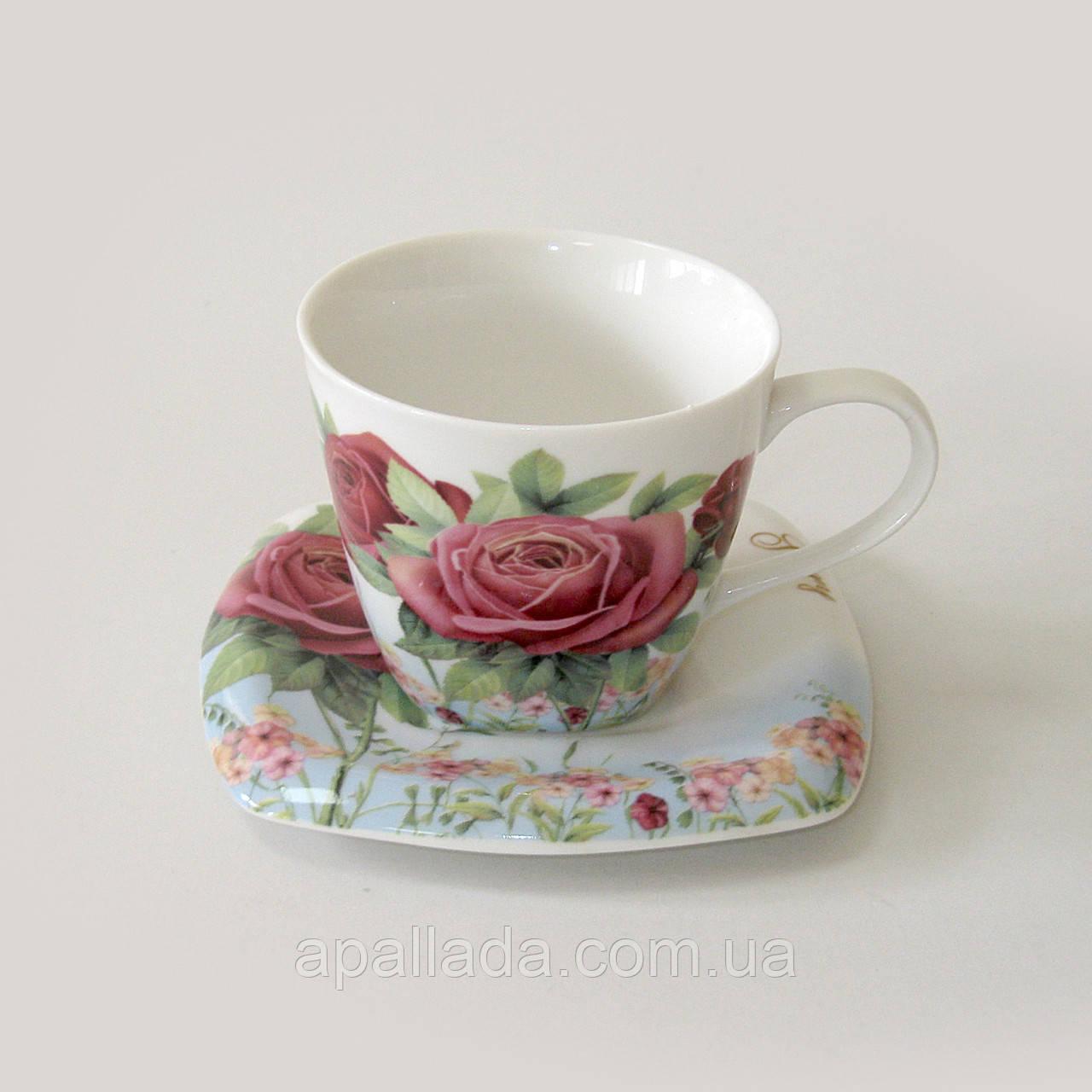 Чашка с блюдцем с розой