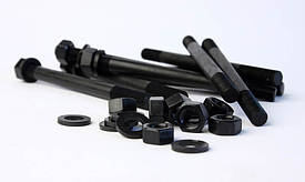 Шпильки резьбовые бывают как с определенным количеством резьбы с каждой стороны (например ГОСТ 9066-75, 22032-22038 (с ввинчиваемым концом), 22042), так и полнорезьбовые (DIN 975), которые чаще всего встречаются в оцинкованном варианте.