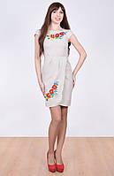 Милое вышитое платье с маками
