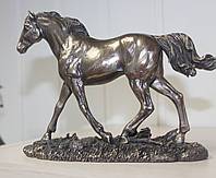 Статуэтка Veronese Конь (лошадь) 17 см 76064 A1, символ жизненной силы