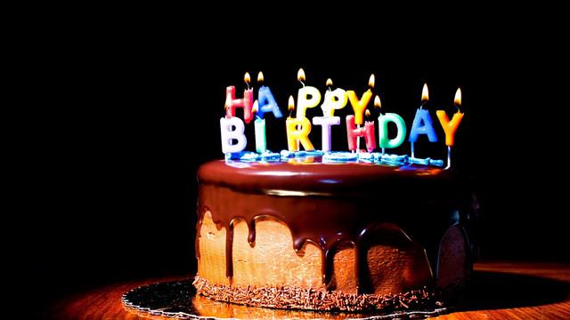свечи буквы для торта