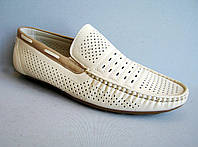 Туфли-мокасины бежевые мужские р 40-44