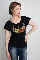 Женская футболка с вышивкой из цветов