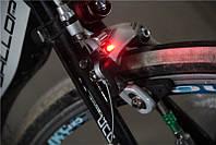 Вело габарит задний с автоматическим стоп-сигналом Nano Brake Light задний стоп сигнал.